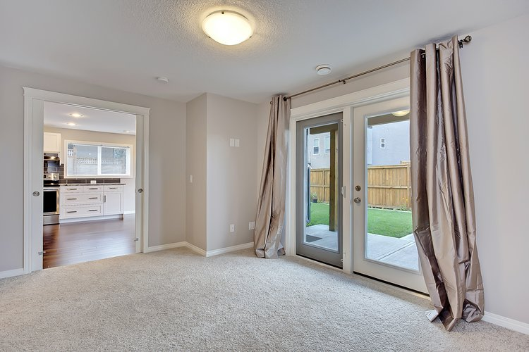 Chestermere Basement Suite 21 copy.jpg